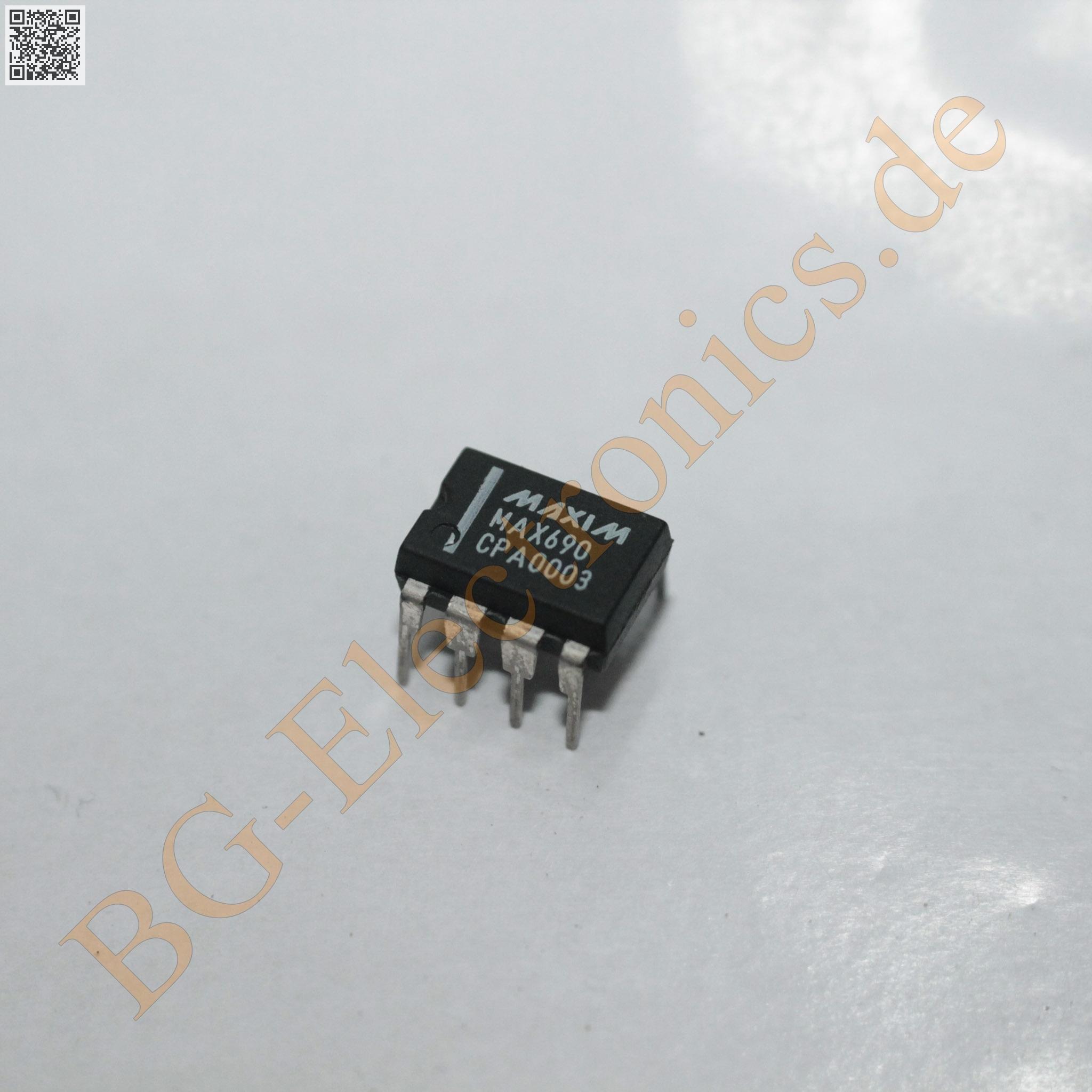 1 x MAX690CPA 3.0V//3.3V Microprocessor Supervisory Circuits Maxim DIP-8 1pcs